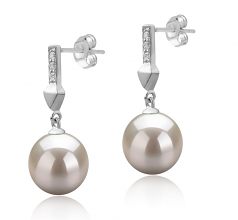 9-10mm AAAA Quality Freshwater Cultured Pearl Earring Pair in Erma White