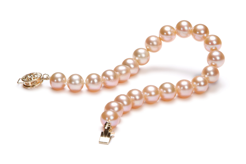 7-8mm AAA Quality Freshwater Cultured Pearl Bracelet in Pink