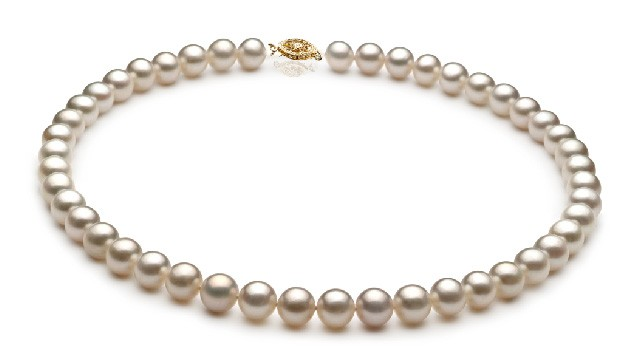 View White Freshwater Pearl Necklace collection