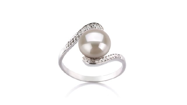 View White Freshwater Pearl Rings collection